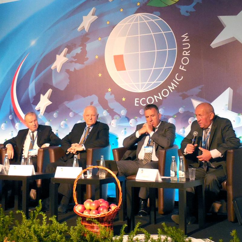 FAKRO i Fundacja Pomyśl o Przyszłości w ekonomicznym centrum świata