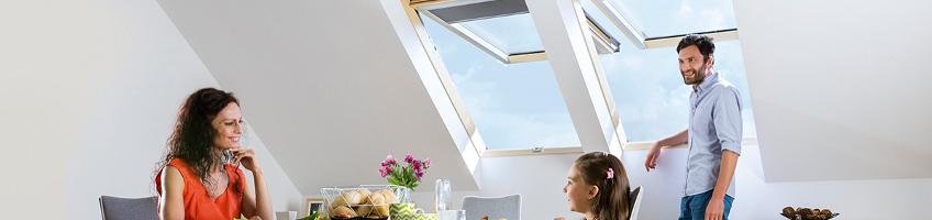 Okno dachowe uchylno-obrotowe preSelect - FAKRO